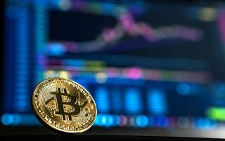bitcoin-to-xefreno-rali-kai-oi-provlepseis-gia-alma-sta-300-000-dolaria0