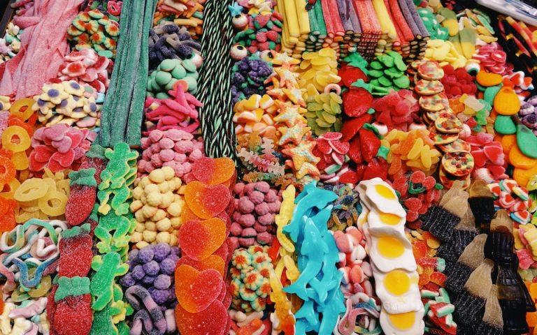 Οι διεθνείς εκθέσεις ζαχαρωδών προσελκύουν κάθε χρόνο χιλιάδες επισκέπτες.
