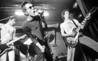 Οι Sex Pistols εν ώρα δράσης επί σκηνής