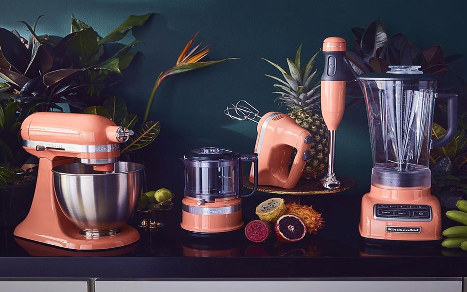 kitchenaid-pos-ena-mixer-egine-symvolo-toy-statoys0