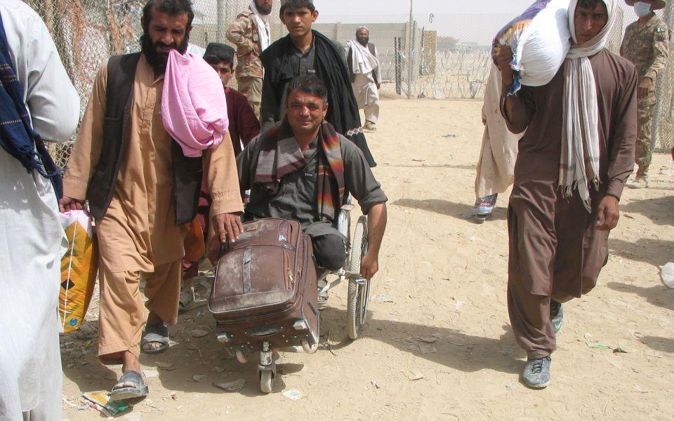 sto-eleos-ton-talimpan-to-afganistan-to-kostos-gia-tin-e-e1