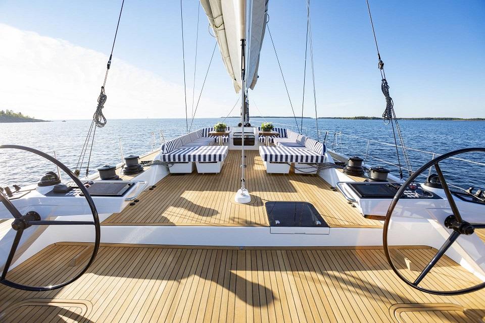 olympic-yacht-show-me-pagkosmies-premieres-archizei-i-ekthesi-toy-yachting0